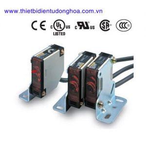 Cảm biến quang Omron E3JK loại auto-volt